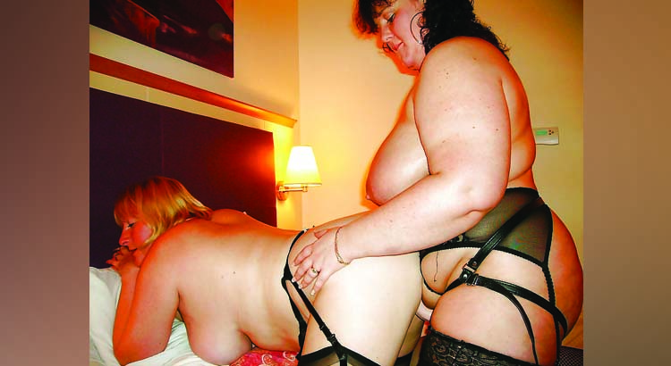 Schiava di Milano cerca mistress per sessione con strapon